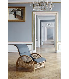 """Fauteuil """"Paris"""" en rotin naturel + Coussin Dark Grey by Arne Jacobsen"""